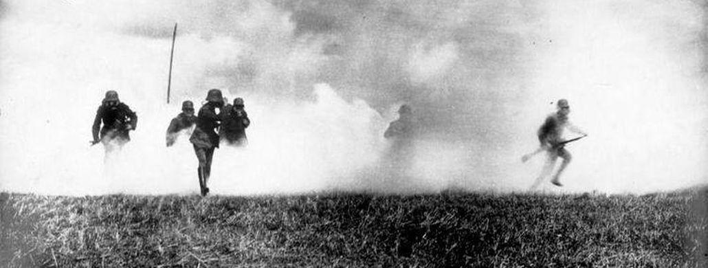 War year 1915, poison gas