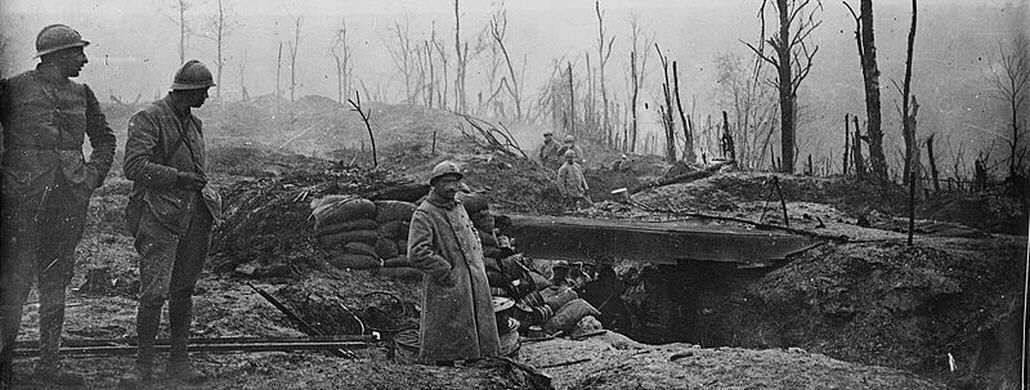 War year 1916, trenches